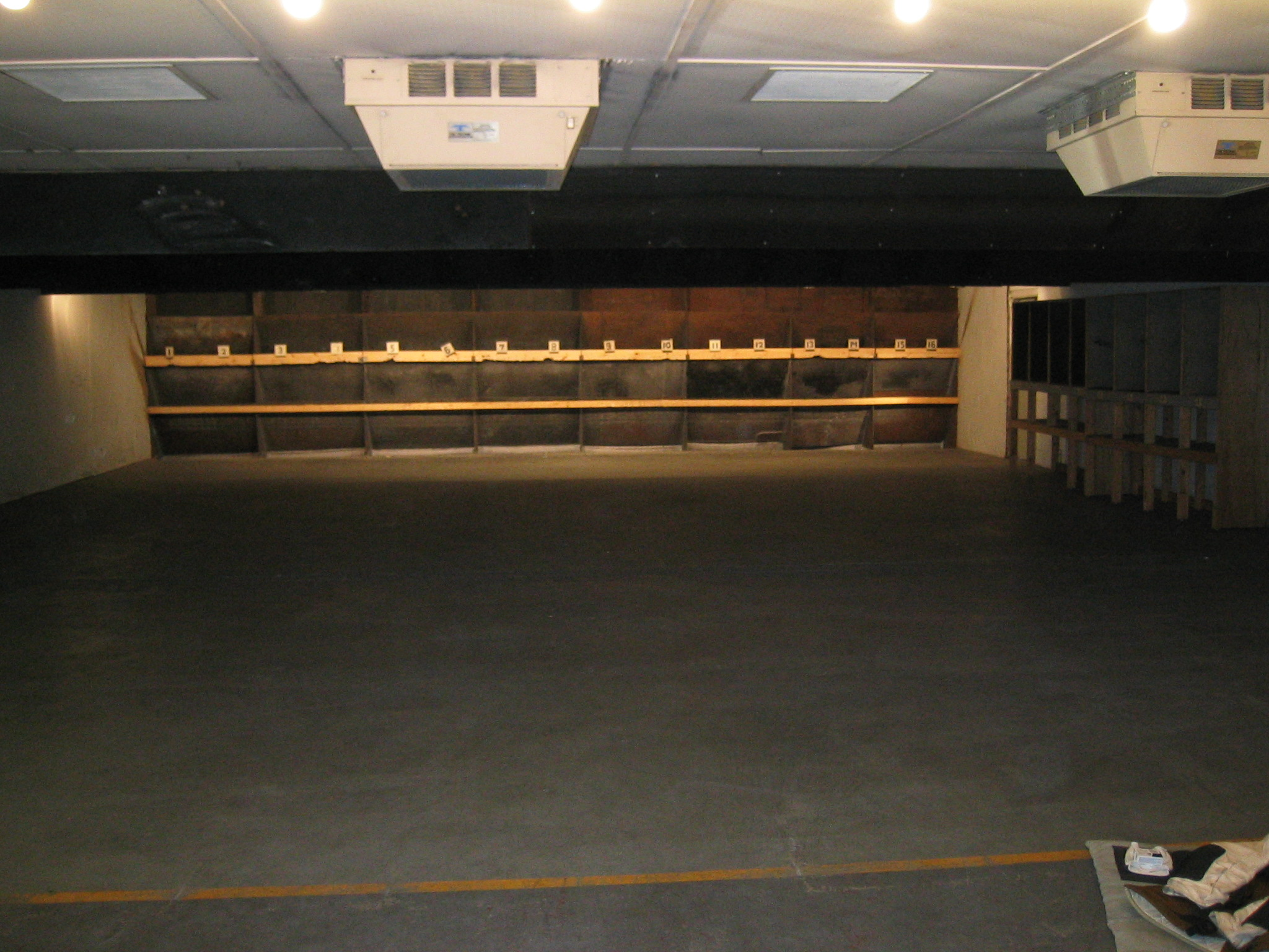 Photo Home Indoor Shooting Range Design Images Indoor Designindoorgarden Designindoorsign